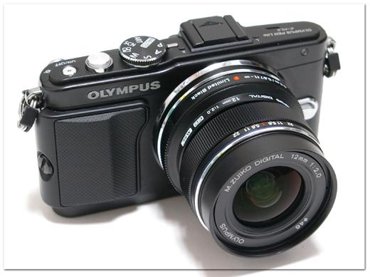 M.ZUIKO.12mm-BLACK-009.jpg