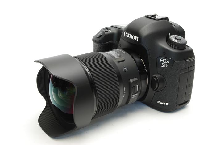 SIGMA20mm-002.jpg