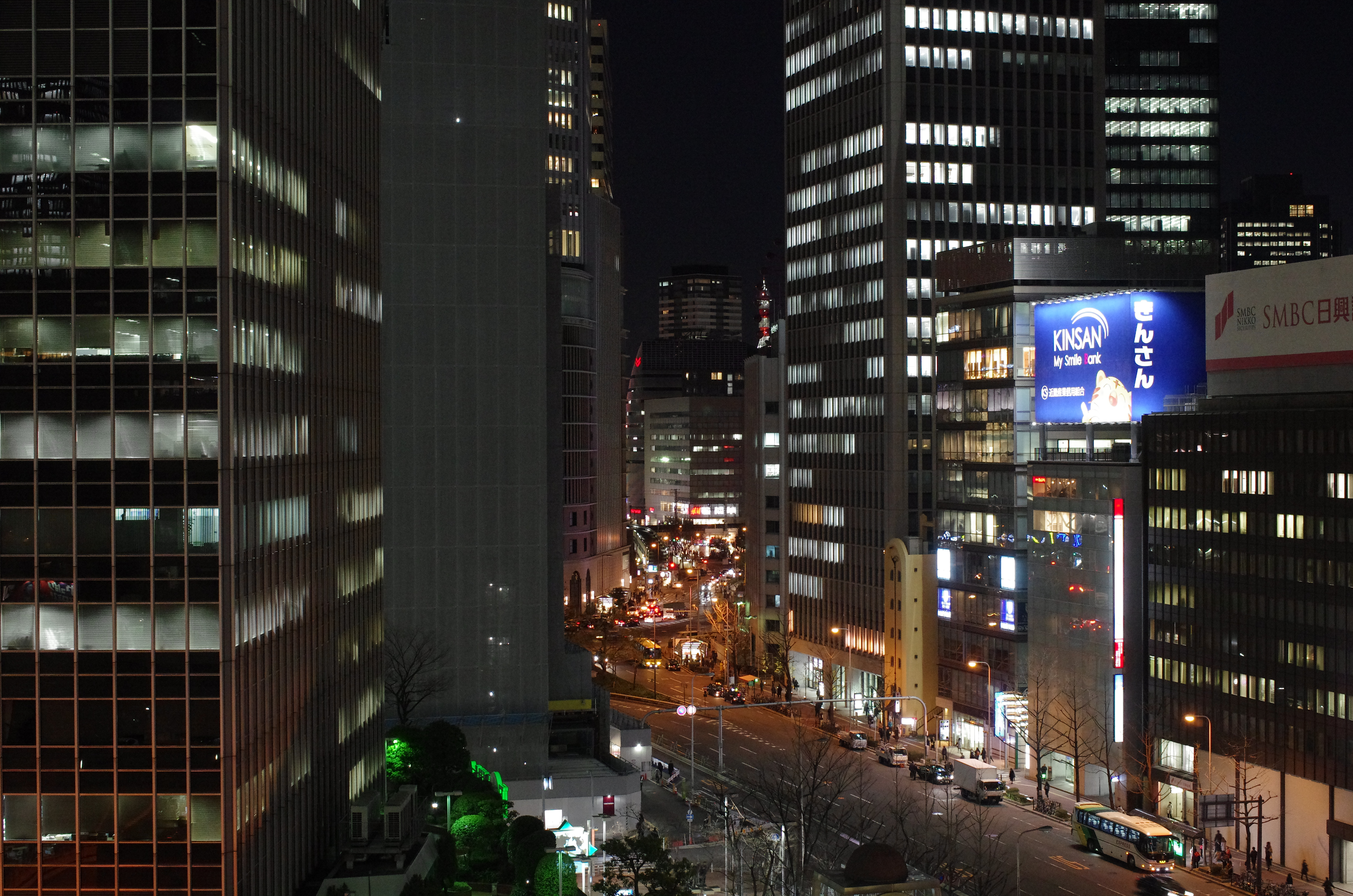 http://www.yaotomi.co.jp/blog/used/night-k5iis-3200.JPG