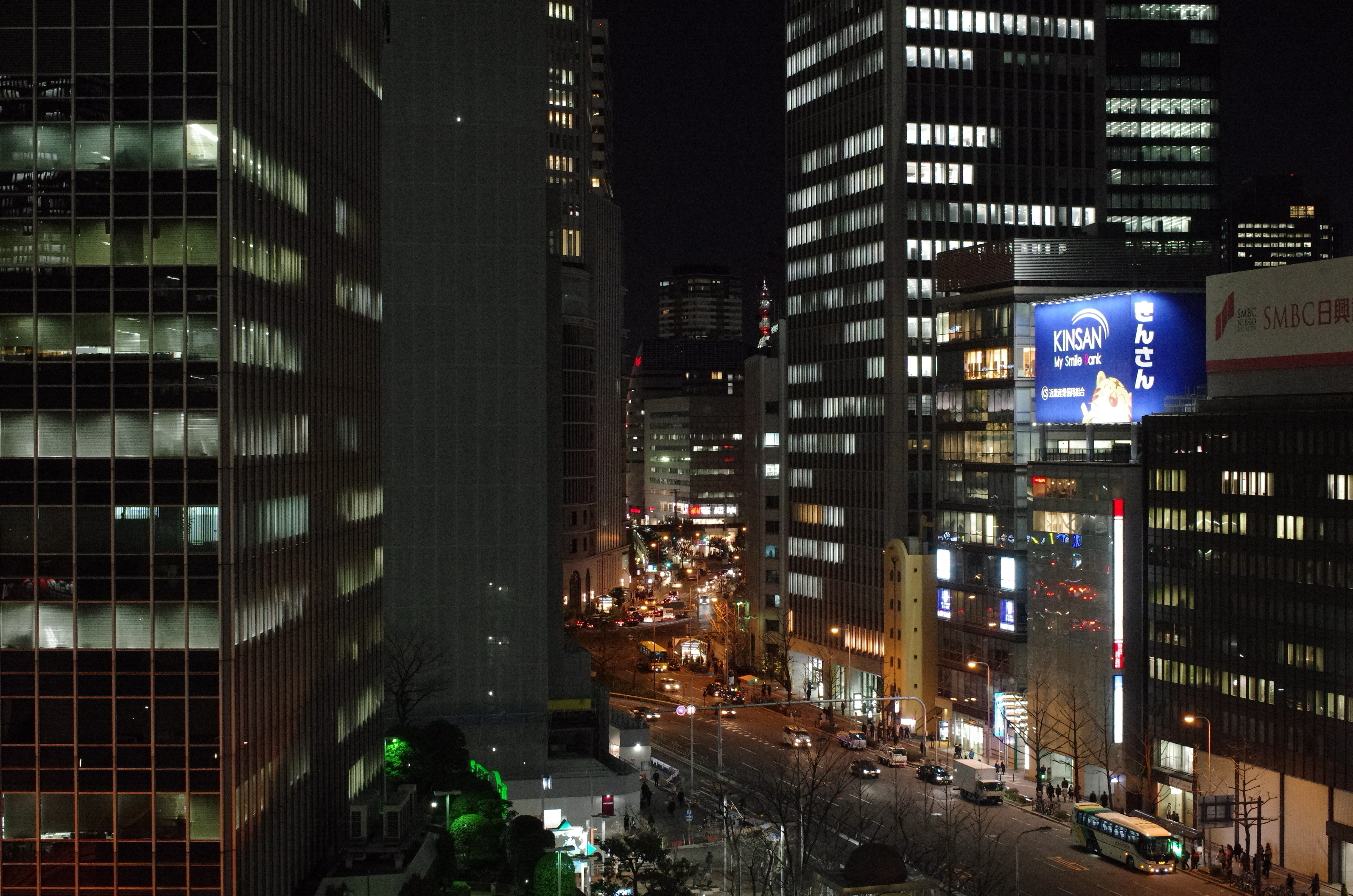 http://www.yaotomi.co.jp/blog/used/night-k5iis-6400.JPG