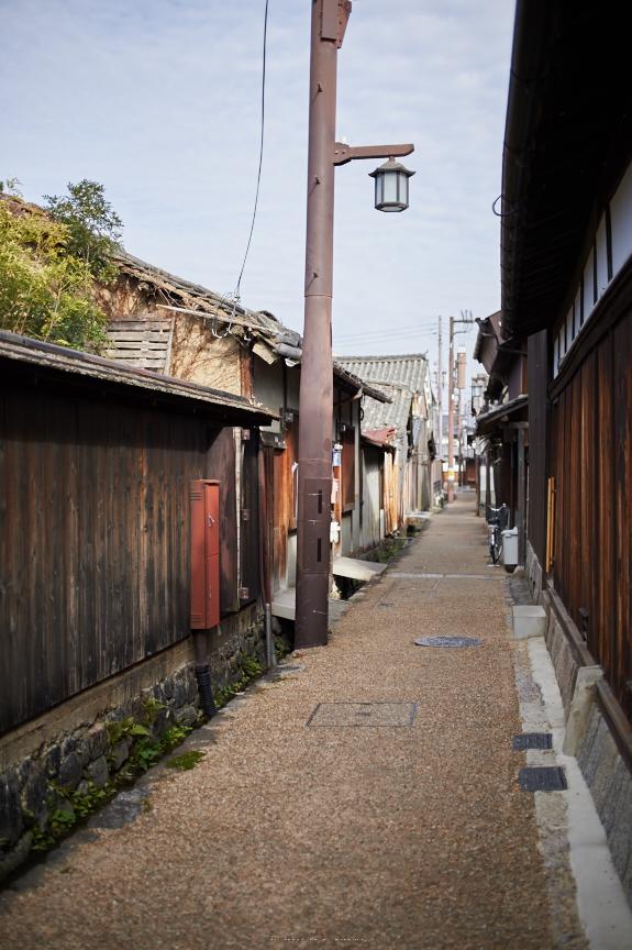 奈良,今井町,冬晴れ(DSC_4926,40 mm,f-2,Df)2015yaotomi_.jpg