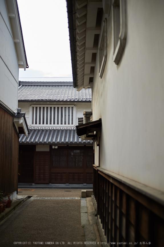 奈良,今井町,冬晴れ(DSC_4929,40 mm,f-2,Df)2015yaotomi_.jpg