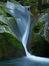 龍鎮の滝の新緑_2013yaotomi_6f.jpg