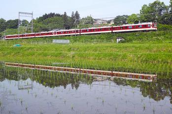 近鉄2400系_室生湖_2013yaotomi_13s.jpg