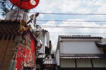 祇園祭山鉾巡行_2013yaotomi_21s.jpg