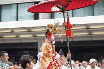 祇園祭山鉾巡行_2013yaotomi_7s.jpg