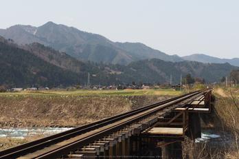 若桜鉄道,撮影地(E5210198,40 mm,f-6.3,E-M5MarkII      )2015yaotomi.jpg