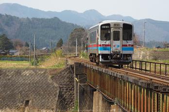 若桜鉄道,撮影地(E5210229,90 mm,f-3.2,E-M5MarkII      )2015yaotomi.jpg