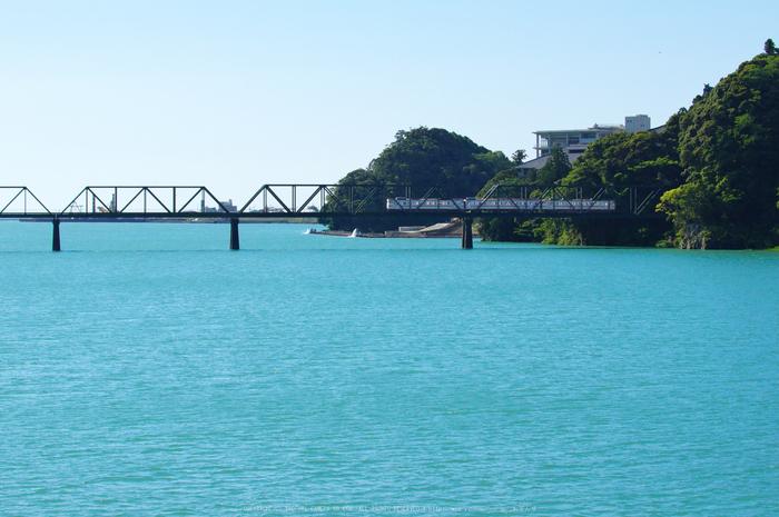 紀勢本線,熊野川河口(K32_0264,60 mm,F5.6)2015yaotomi_.jpg