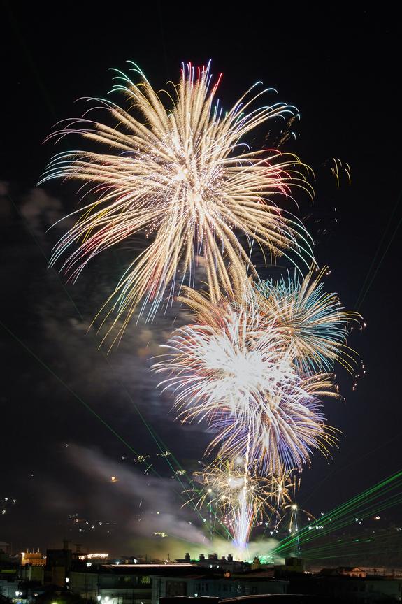 五條,吉野川花火(718A7198,G,62-mm,F10)2015yaotomi_.jpg