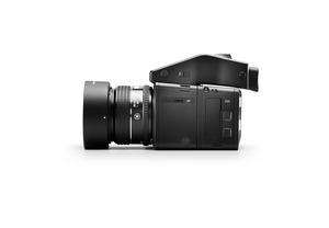 XF_G5-IQ3-80MP-80mmLS-side-IQ3badge (1).jpg