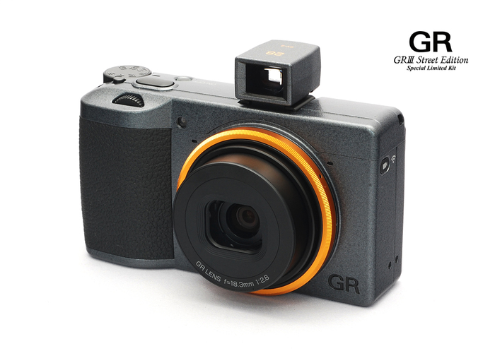 RICOH GR III Street Edition Special Limited Kit-001