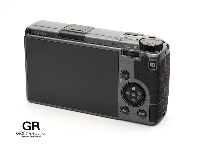 RICOH GR III Street Edition Special Limited Kit-017