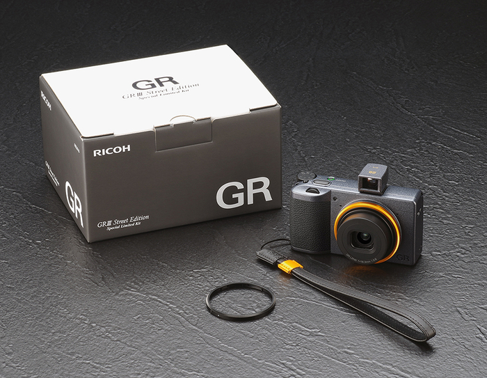 RICOH GR III Street Edition Special Limited Kit 032