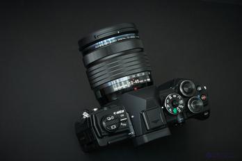OLYMPUS OM-D E-M5 Mark III_06.jpg